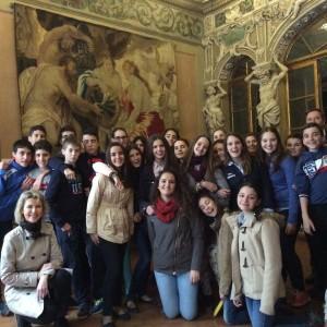 Jueves 3, visita de Niza, Palacio.